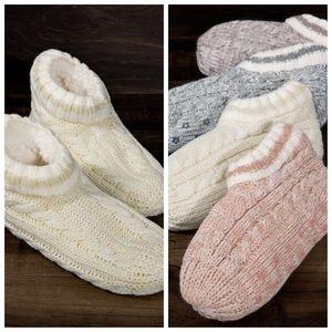 Oatmeal faux Sherpa fur lined slipper socks